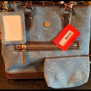 Teal Dooney and Bourke Purse
